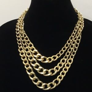 Jewelry - 3/$20 Linked 3 Chains Bold Necklace